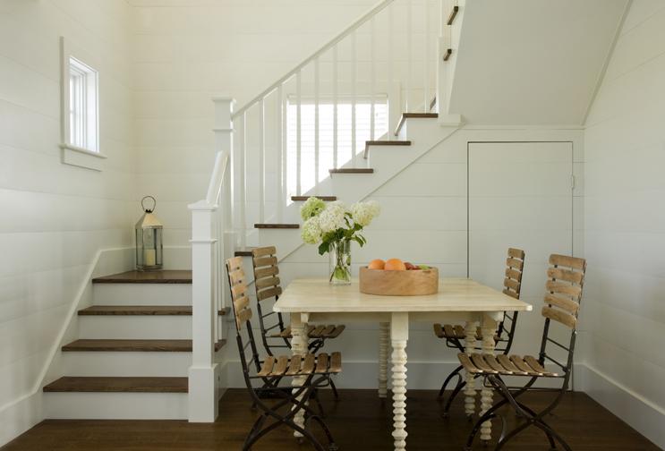 Poolhouse Hallway and Table